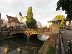 Le Pont de Pierre à Strasbourg, AQHT
